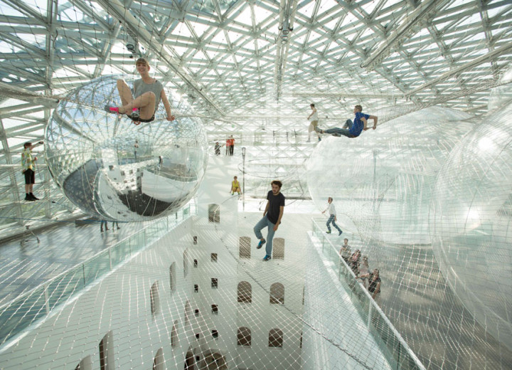 tomas-saraceno-in-orbit-designboom-07